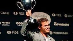 Vua cờ Carlsen vô địch siêu giải Na Uy
